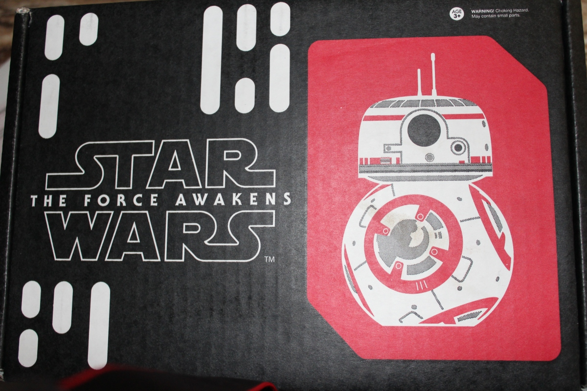 Subscription Box Review: Star Wars: Smuggler's Bounty: The Resistance (Jan2016)