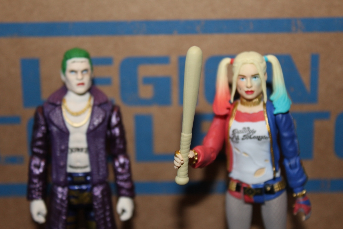 Subscription Box Review:  DC Legion of Collectors- Suicide Squad box (July 2016)